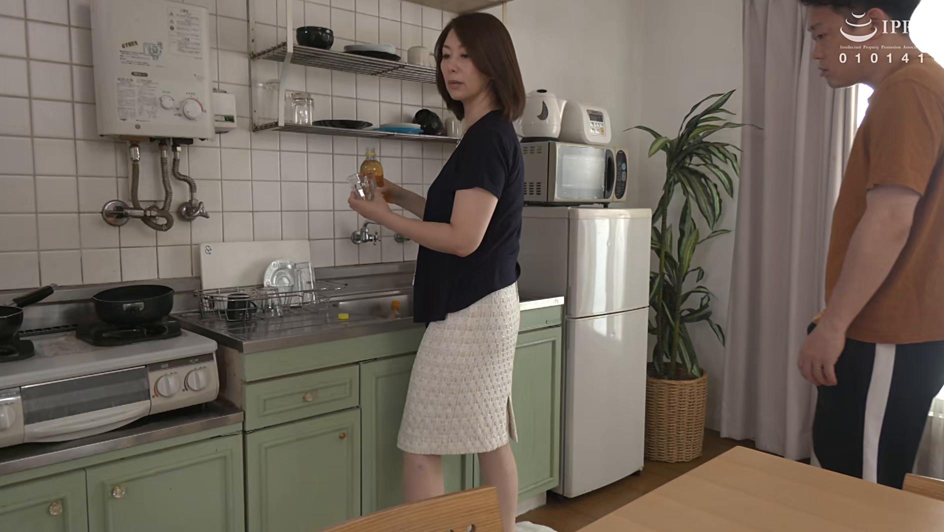 我が家の美しい姑 翔田千里 五十三歳 画像5