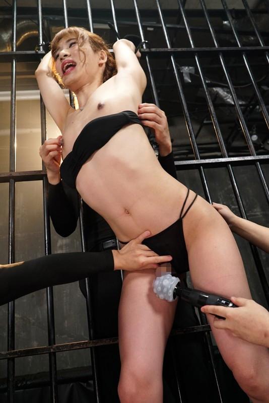 くすぐられて発狂しそうなオトコの娘が 勃起しながら精子垂れ流して穴でイク!! 完全撮り下ろし8名の地獄 画像15