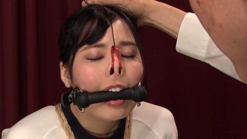喪服股縄隷嬢 年若い未亡人と担当編集者 豊中アリス 画像3
