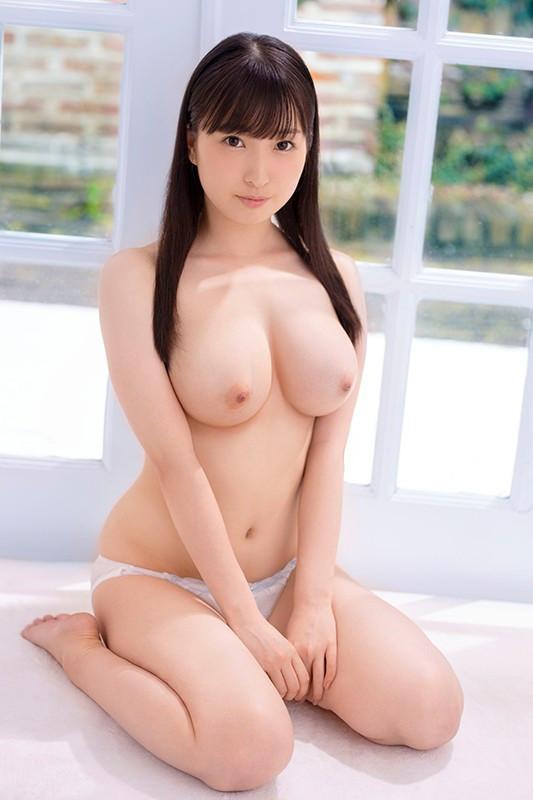 たいせつに育てられた清らかな心とカラダ 18歳新人 月野かすみ AVデビュードキュメント 鎌倉生まれの箱入り娘。マジックミラー便では口説けなかったお嬢様女子大生がカメラの前でセックスするまで―― 画像1