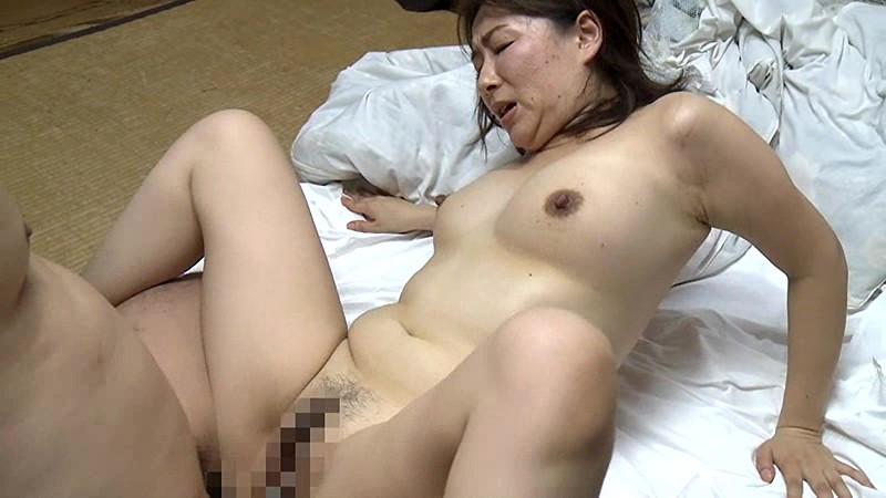 熟れた乳房