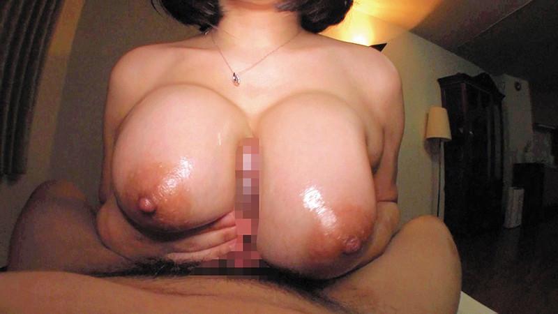 乳首びんびんどすけべスナックママ 爆乳でか尻で漢を虜にするパイパン肉食痴女