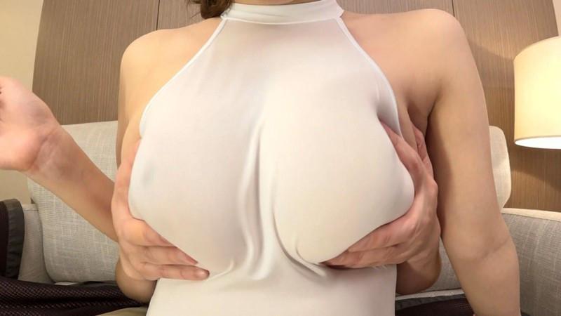 デカすぎるパイオツは着衣でこそ輝く。恥さらし爆乳Jカップみくる