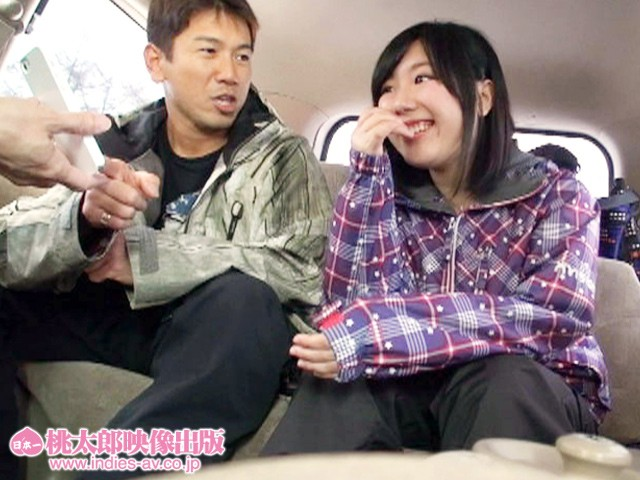 カワイイ雪国娘をナンパしてホテルへGO 愛液びしょびしょで、ザーメン大雪崩! 画像3