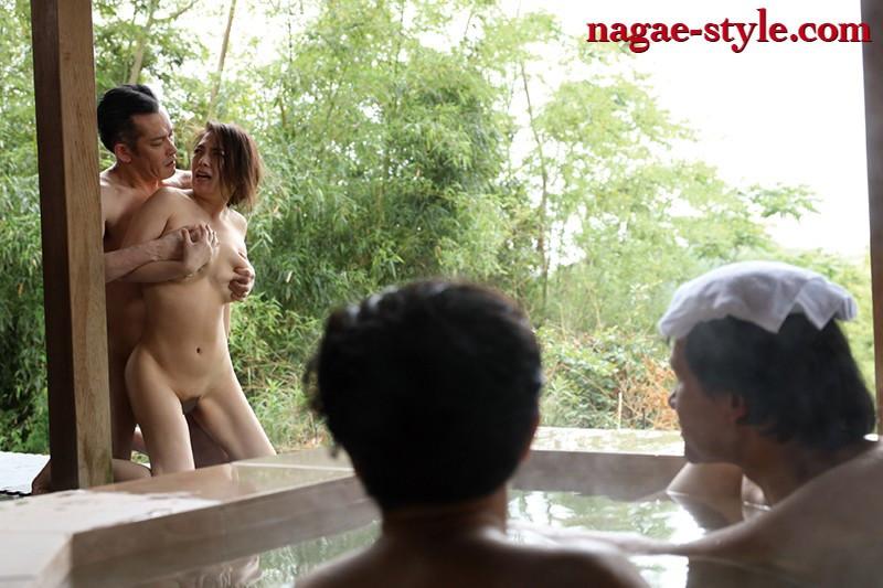 愛する妻と旅先で・・ 寝取らせ旅行 織田真子 画像20