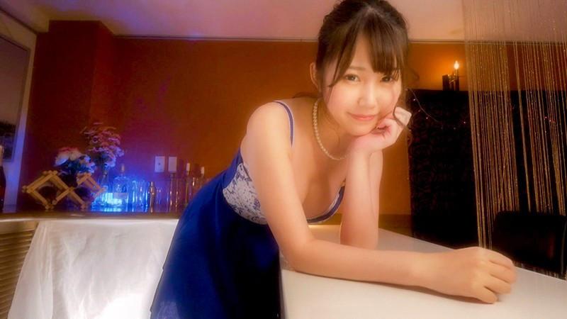 おっぱいで超誘惑してくる新人セクキャバ嬢 佐藤ゆか 画像1