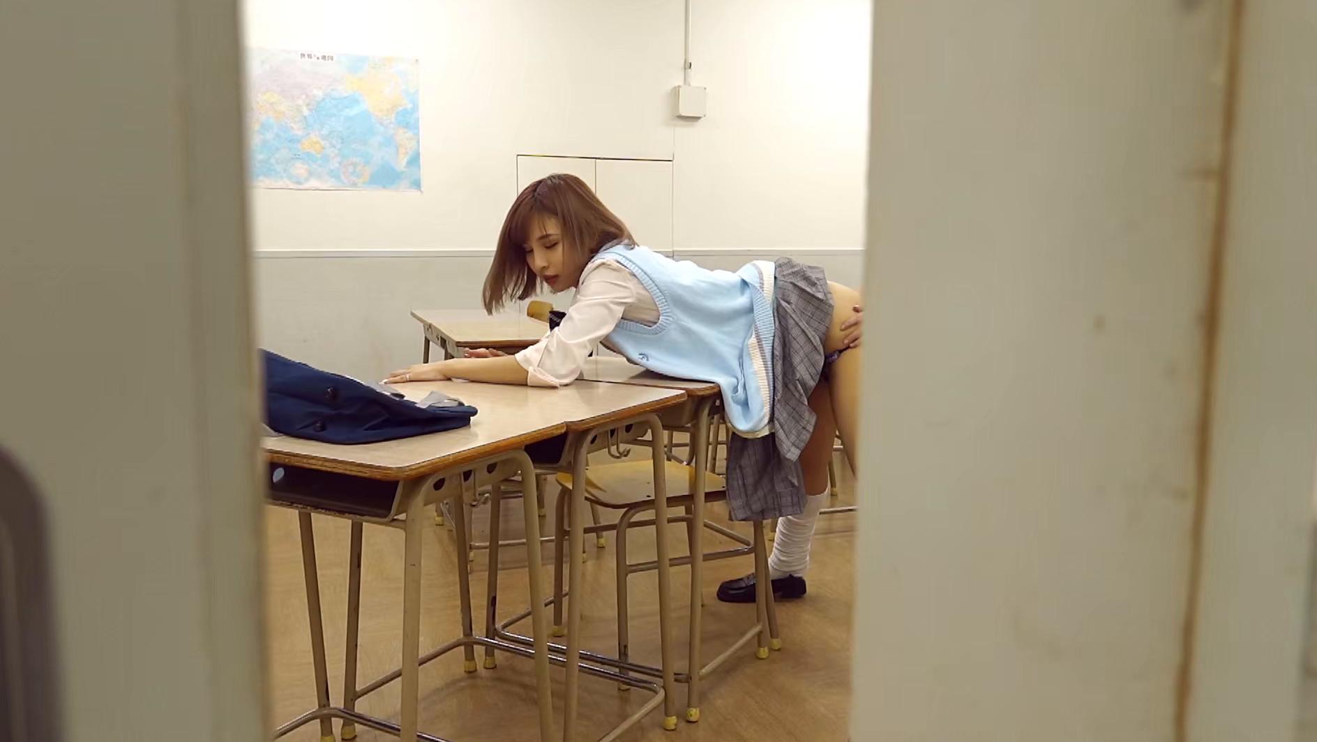 ハッピービッチ ~どうせヤリたいんでしょ?~ 鎌沢朋佳10