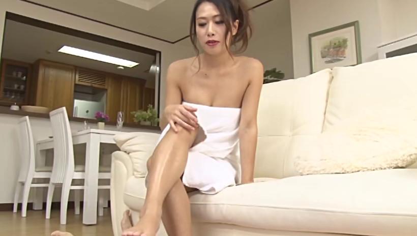 淫語シャワー 熟女の口から発せられる淫らな言葉のシャワーをあびながら抜かれた 画像2