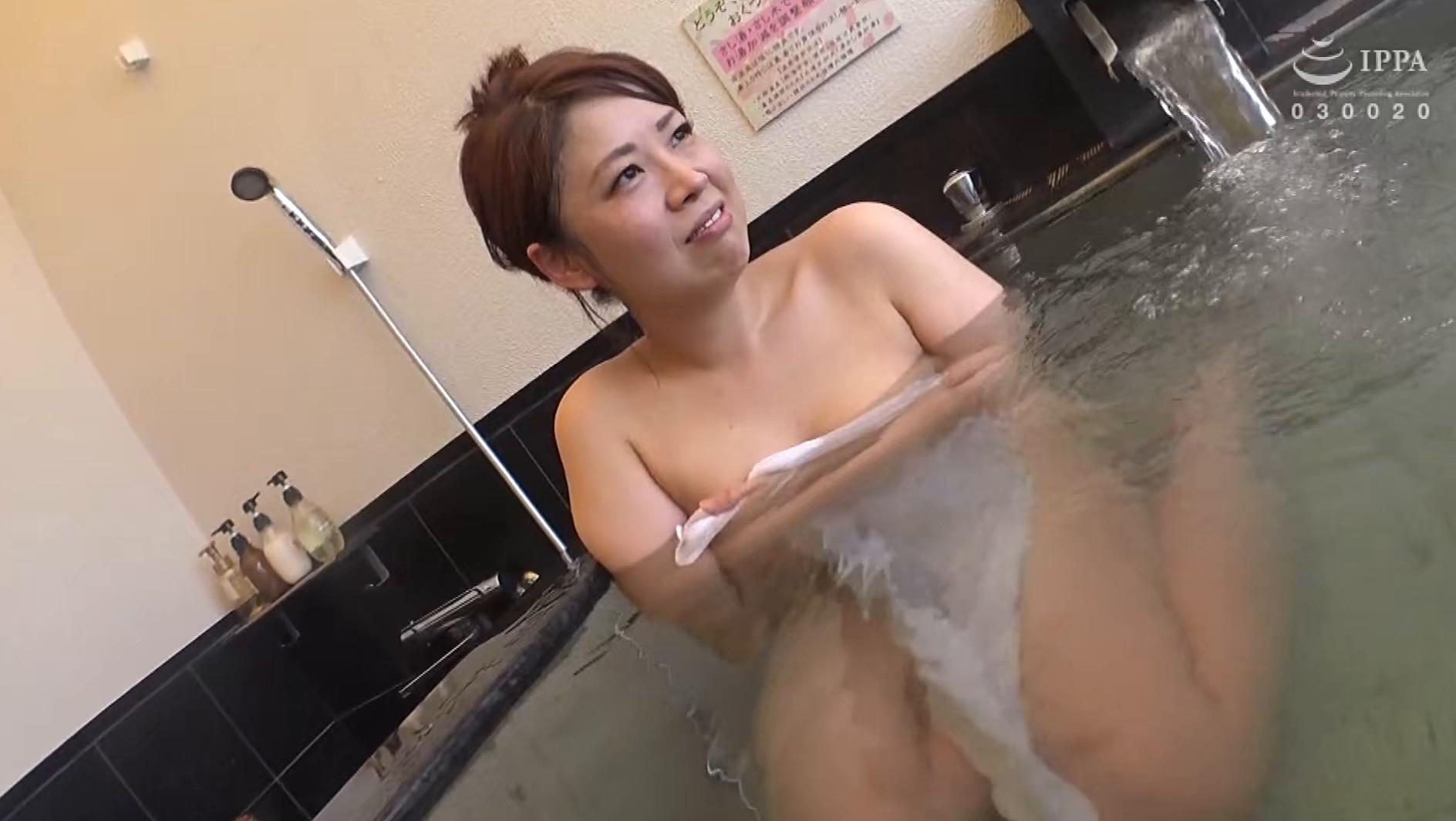 日帰り温泉 熟女色情旅 #023 宏美(仮)40歳 離婚1回 子供1人,のサンプル画像4