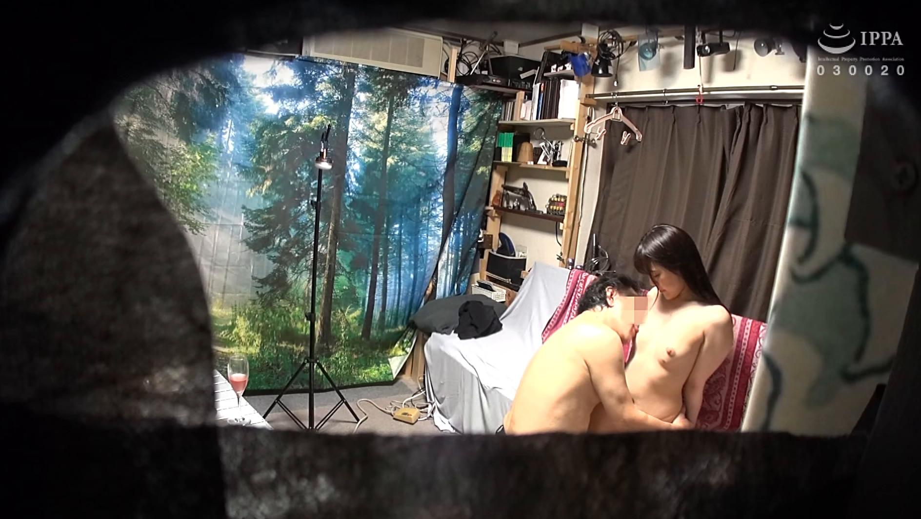 自分の部屋に泊まることになった妻の女友達 「人妻園子さん(仮名)三十歳」に当然のように手を出してしまうワタシ 画像7