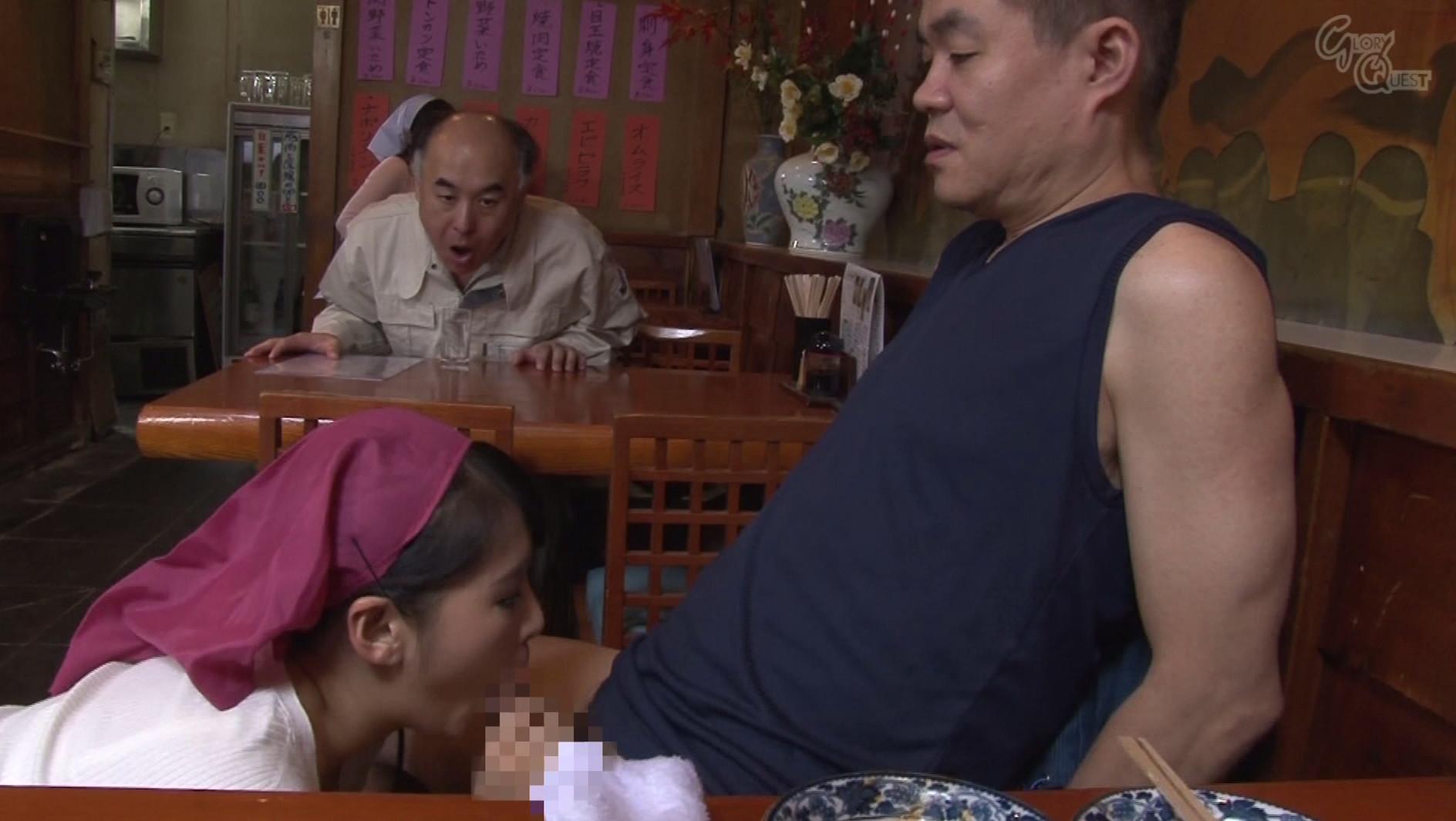ベロチュー好きな巨乳人妻と中出しできる定食屋さん 春原未来 真木今日子 沖田奈々 画像4