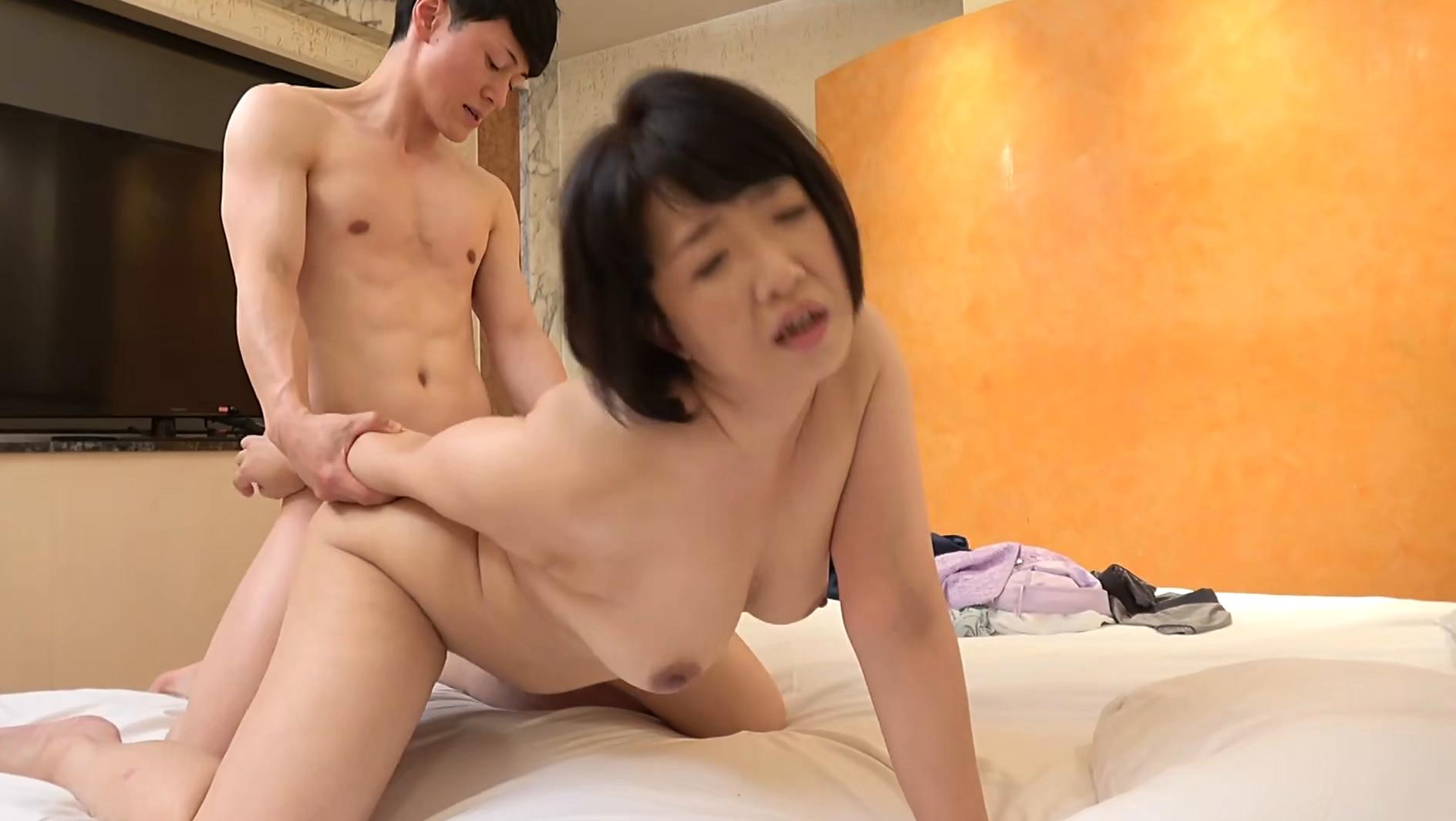 【四十路】応募素人妻 さゆみさん 45歳 画像5
