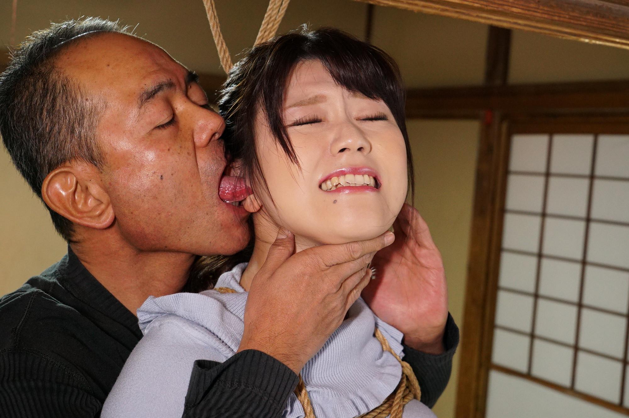 犯された不倫妻 義父の緊縛お仕置きに咽び泣く 浅宮ちなつ 画像11