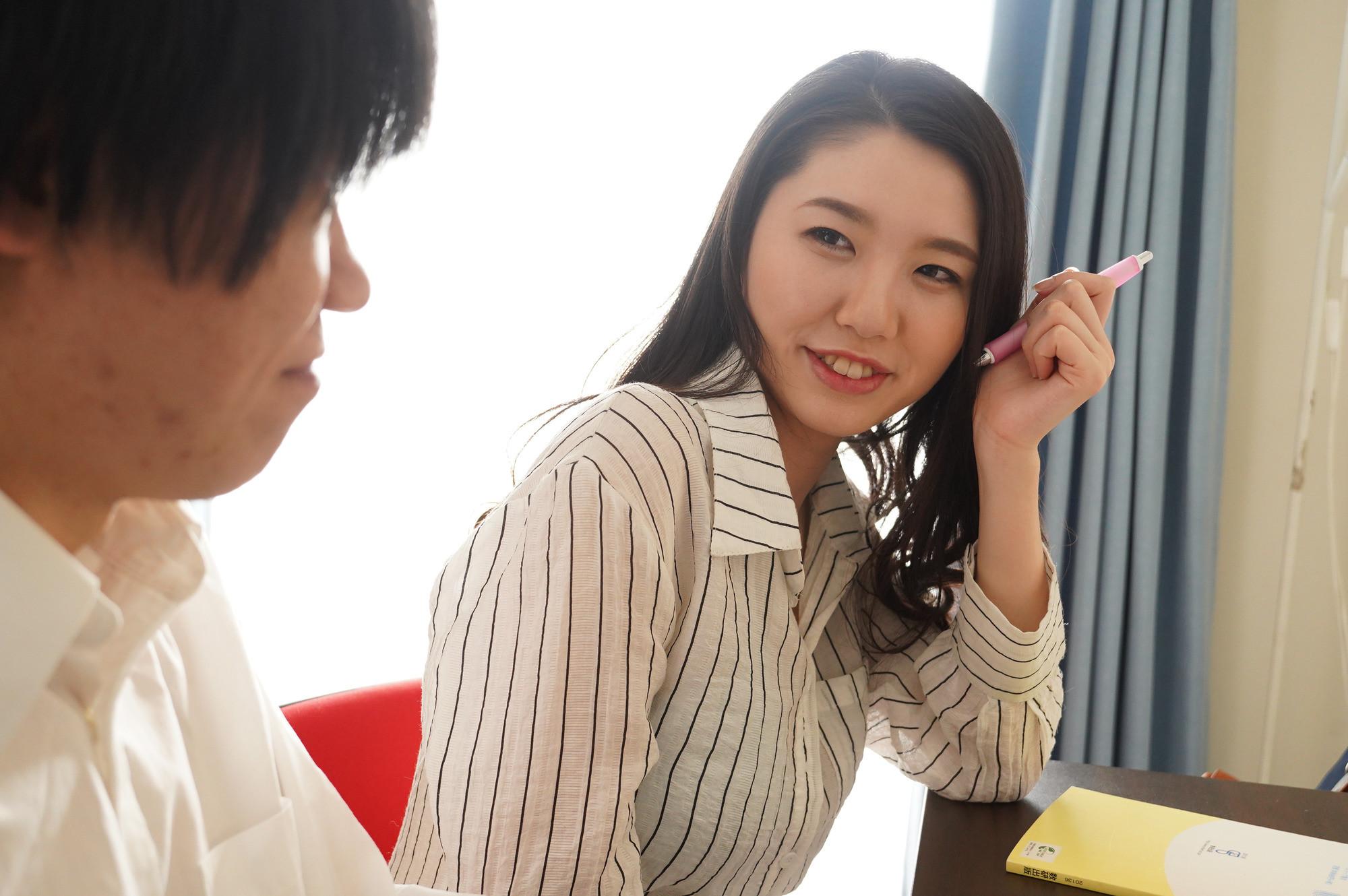 勉強のついでに性処理までしてくれるHカップのヤリマン家庭教師 瀬名ひかり,のサンプル画像1