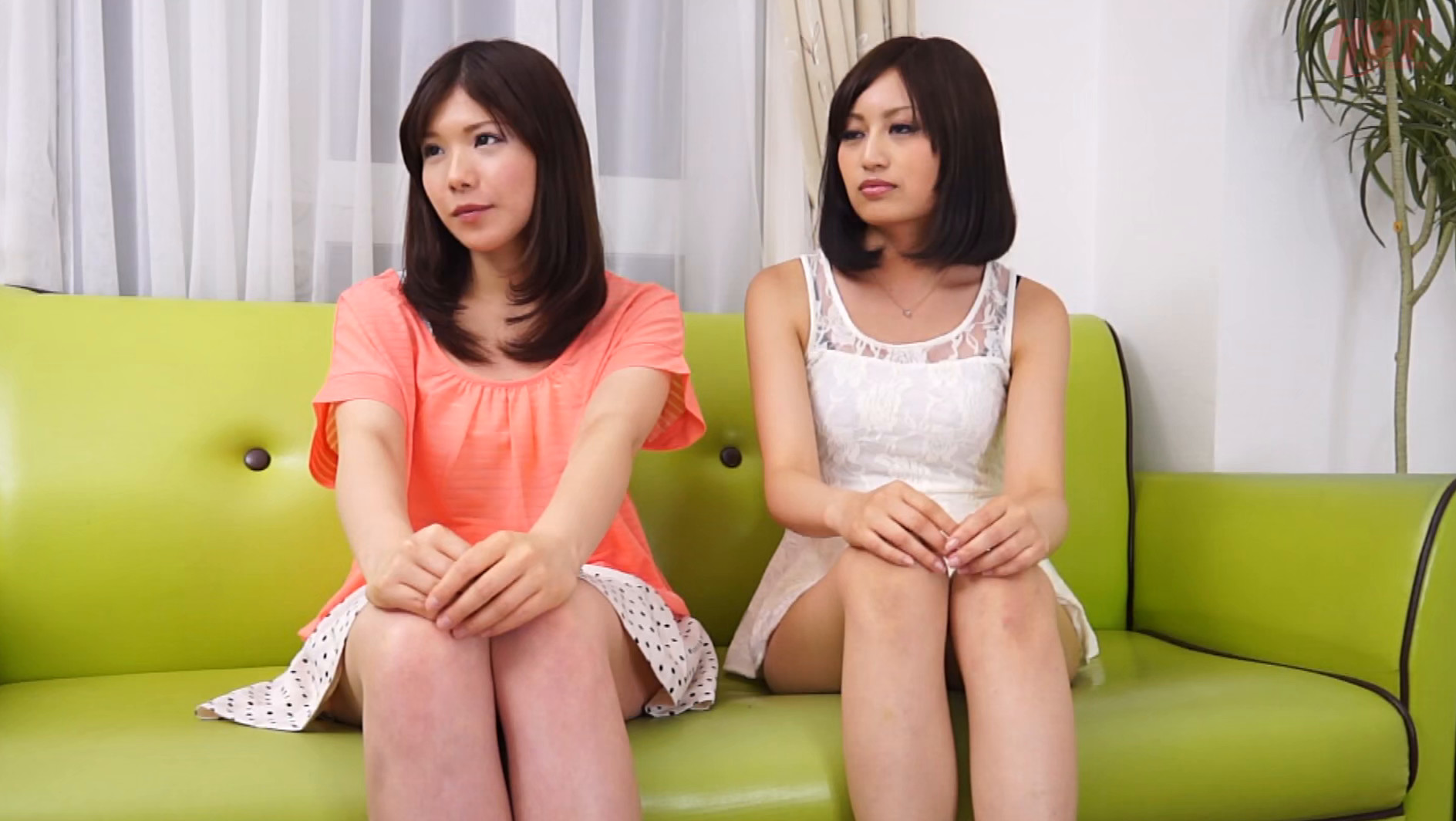 友達の前でガチエッチ!! 2 女のコが一番恥ずかしい事!それは友達の前でエッチな事しちゃうこと!そのムリな事やってもらいます!! 18名 画像16