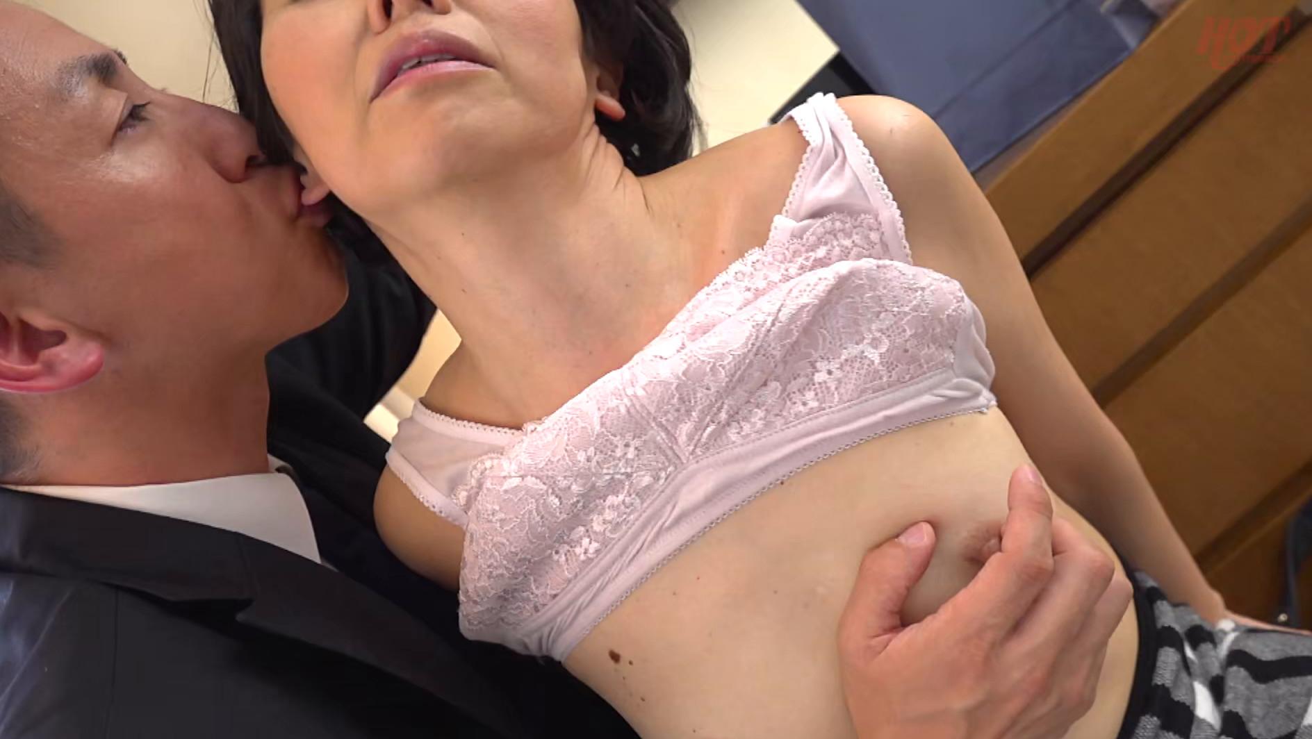 素敵な婦人 息子に会いに上京したはずなのに・・・イケメンナンパ師のテクにメロメロ 光代さん49歳 画像12