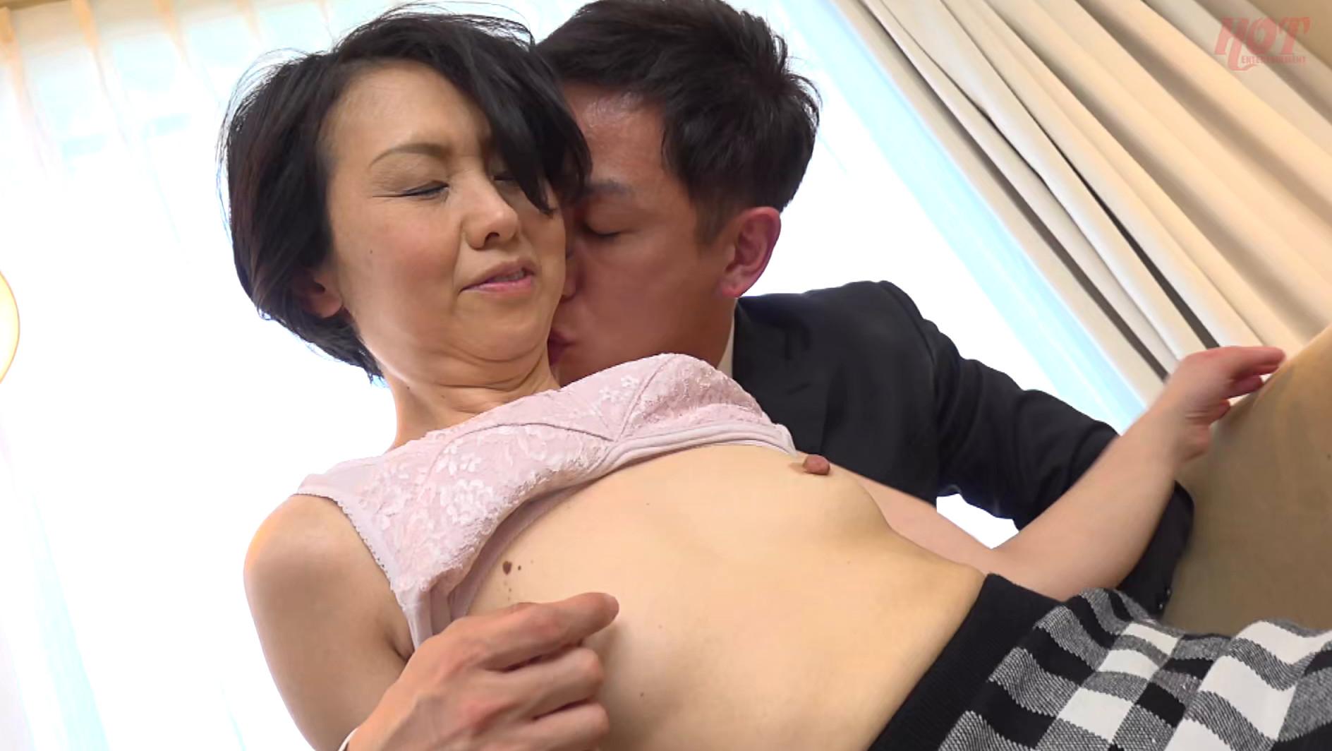 素敵な婦人 息子に会いに上京したはずなのに・・・イケメンナンパ師のテクにメロメロ 光代さん49歳 画像13