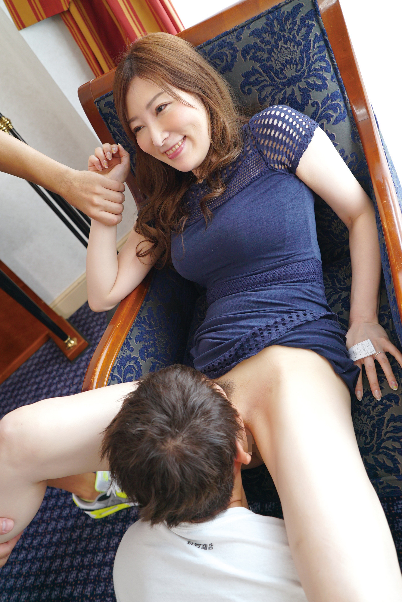 美魔女ナンパ!!しみけんが唸らす!熟女の理性吹き飛ぶ生FUCK!恵比寿編 ルミ40歳,のサンプル画像4