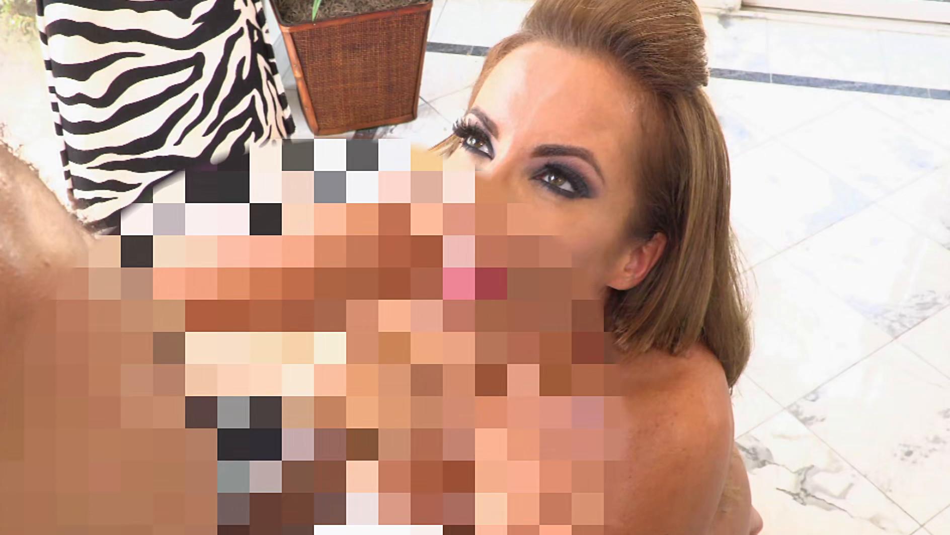 最近のエロい熟女たち 在宅フィットネスでトレーナーと/欲情の汗だく性交 画像12
