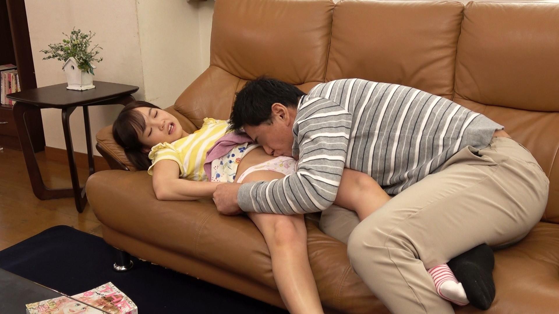 「パパの赤ちゃんが欲しいの!」小さすぎる連れ子とパパのいびつな愛の日常、そして中出しへと・・・ ららちゃん 画像3