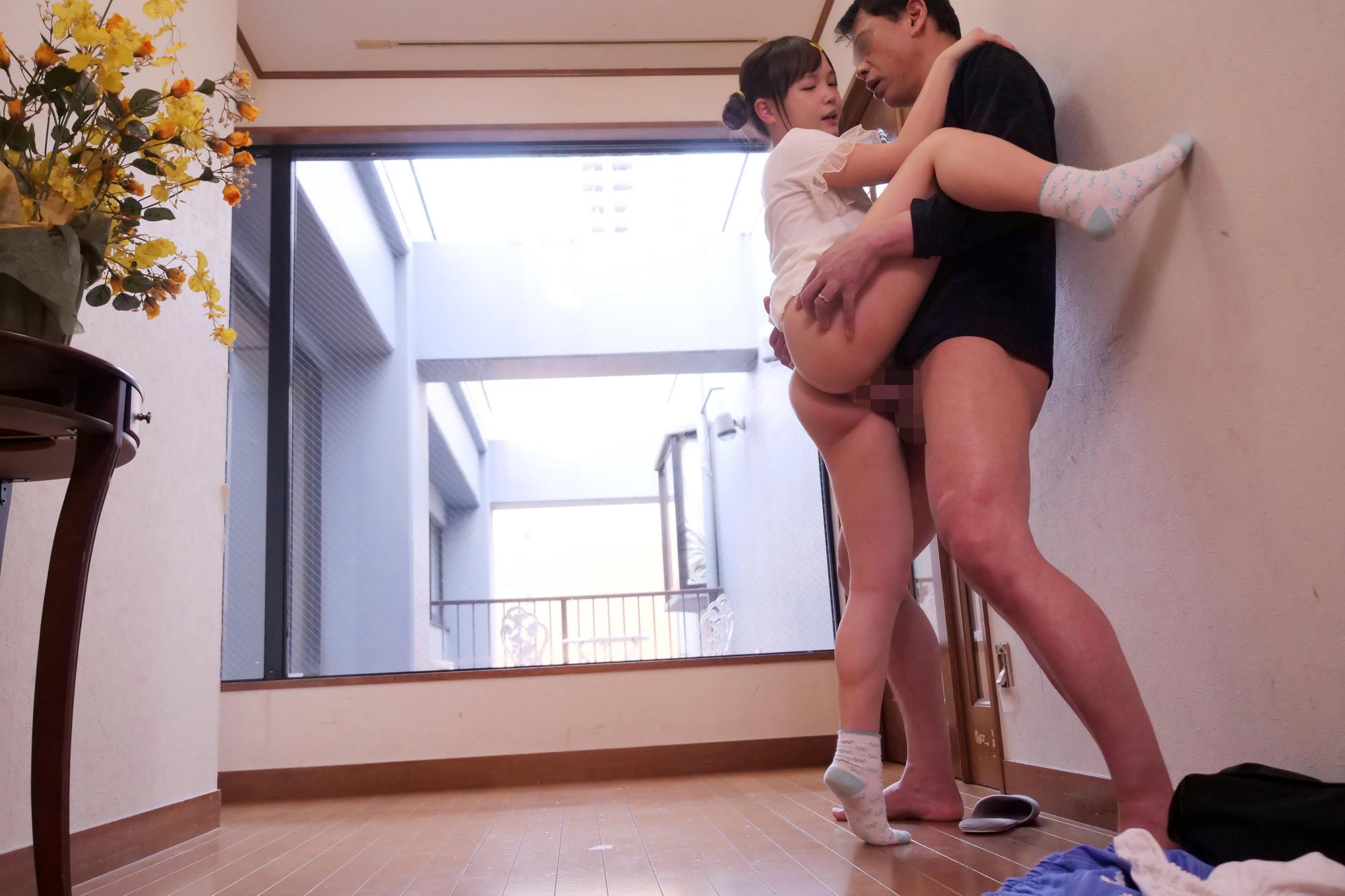 「パパの赤ちゃんが欲しいの!」小さすぎる連れ子とパパのいびつな愛の日常、そして中出しへと・・・ ららちゃん 画像16