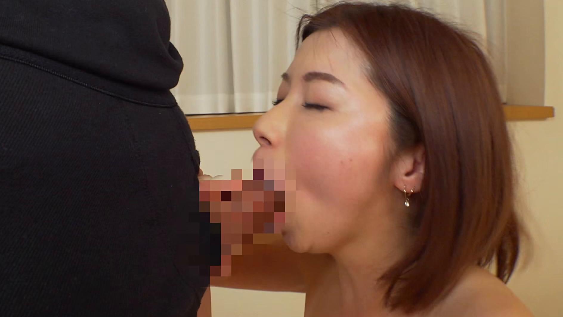 イケイケお姉さん#18 つばき ハード乱交で楽しむ熟女の身体 画像8