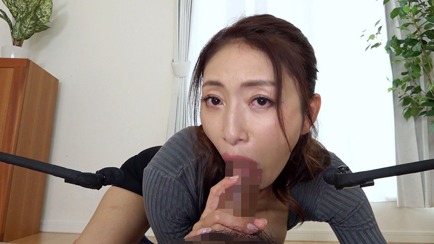 ささやき淫語で誘惑する淫乱五十路妻 小早川玲子7