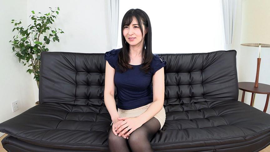 美人奥様の熟れたエロ美尻 欲求不満妻、秘密の性感マッサージ体験 礼子さん(46)
