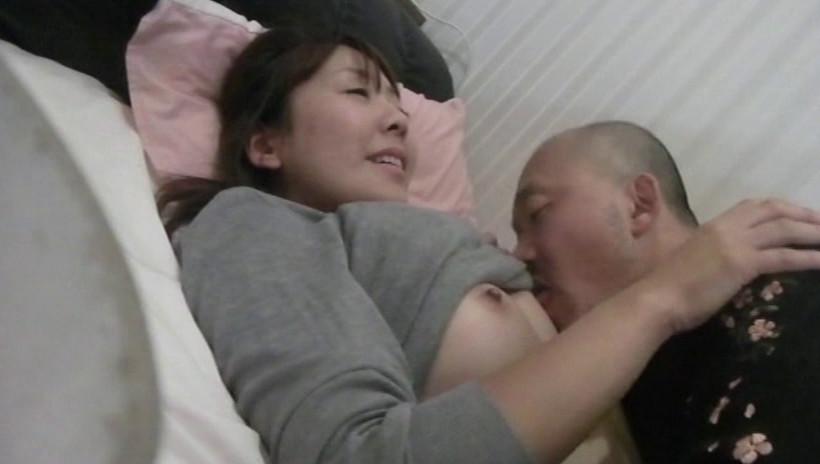 フル勃起素人熟女ナンパ発情した雌熟女に肉欲中出しSEX 4時間 画像1