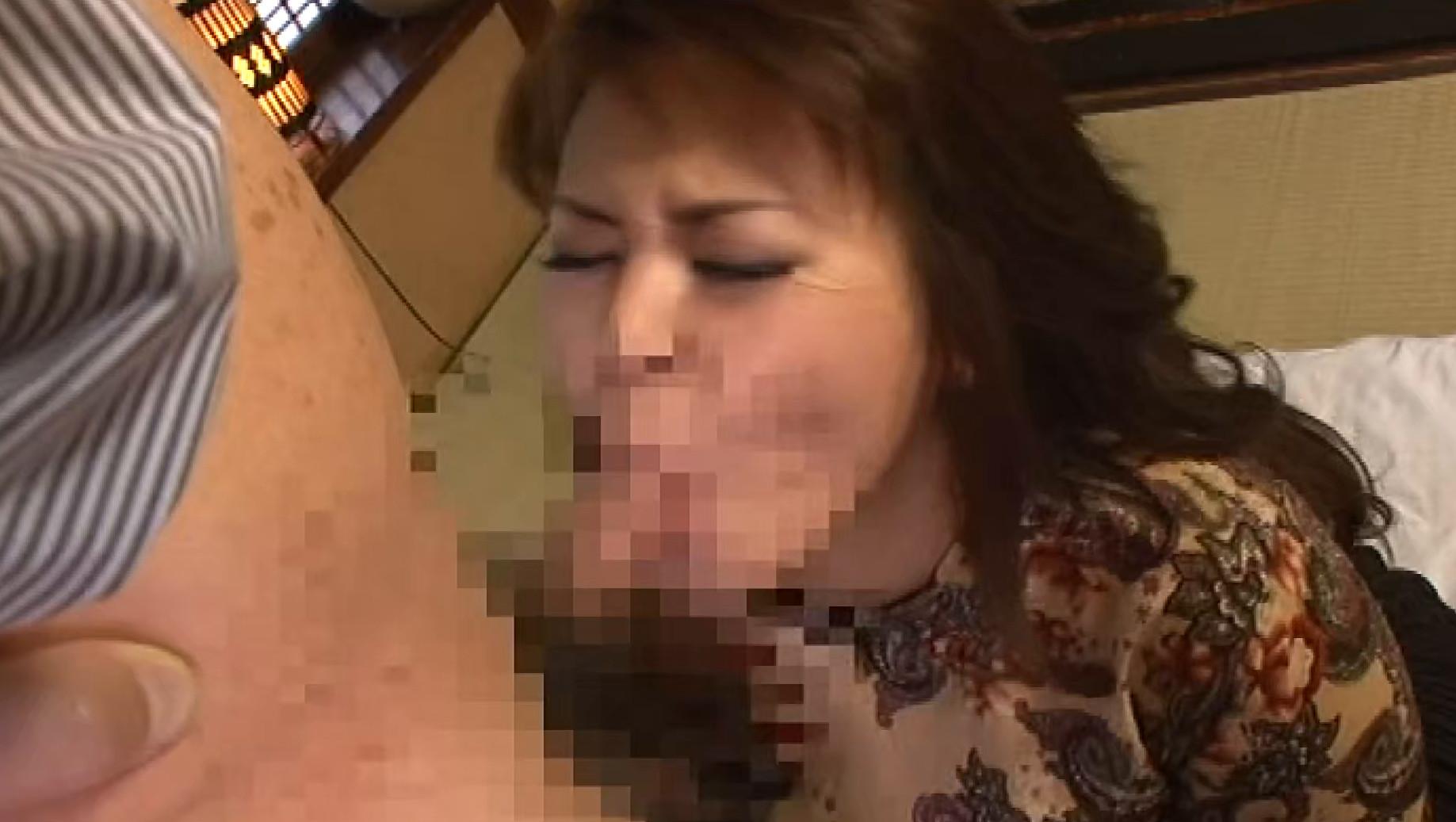 変態中年おやじに調教されアへ顔で精液大量受け入れたオンナ 画像9