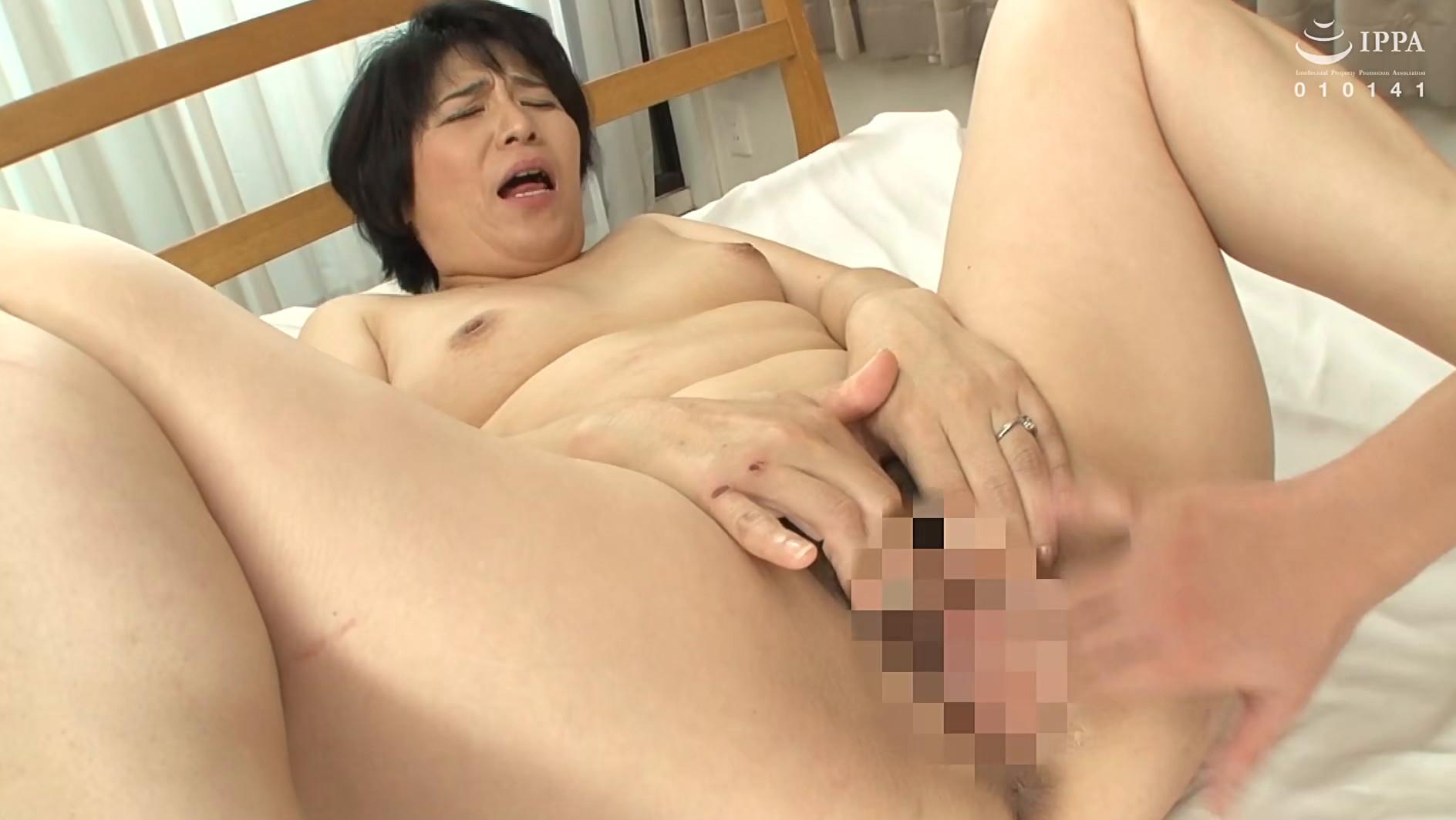 【五十路】ようこ 50歳(初脱ぎ・愛知県在住・専業主婦)