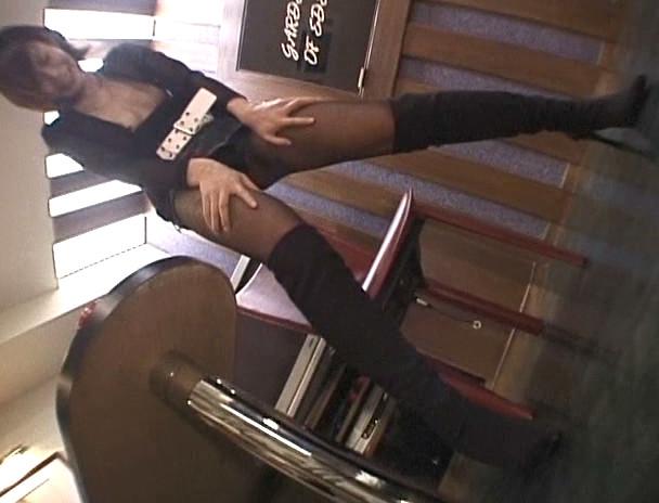 ビデオ店オーナーの生撮りマル秘映像 04 画像11
