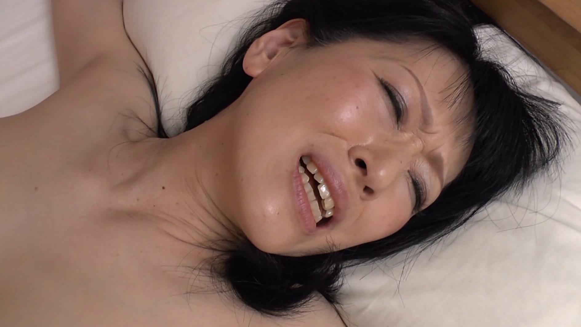絶倫男の超デカチンが忘れられず・・・人生を狂わされた貞淑妻たち 4時間SP 画像6