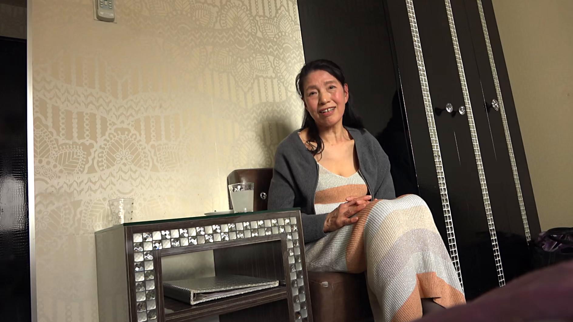 赤堀恵子(60),のサンプル画像1