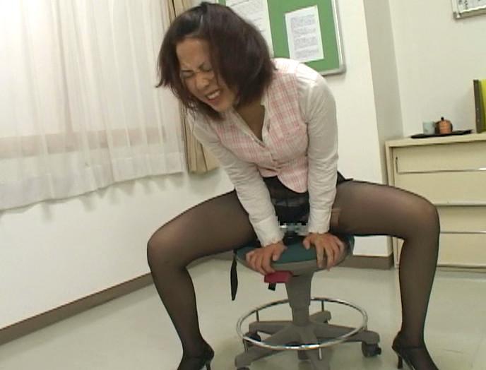 がに股る女 画像21