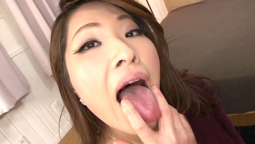 極楽 金玉舐め手コキ 画像16