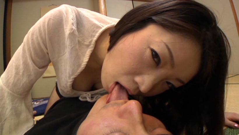濃厚接吻と絶品手コキ