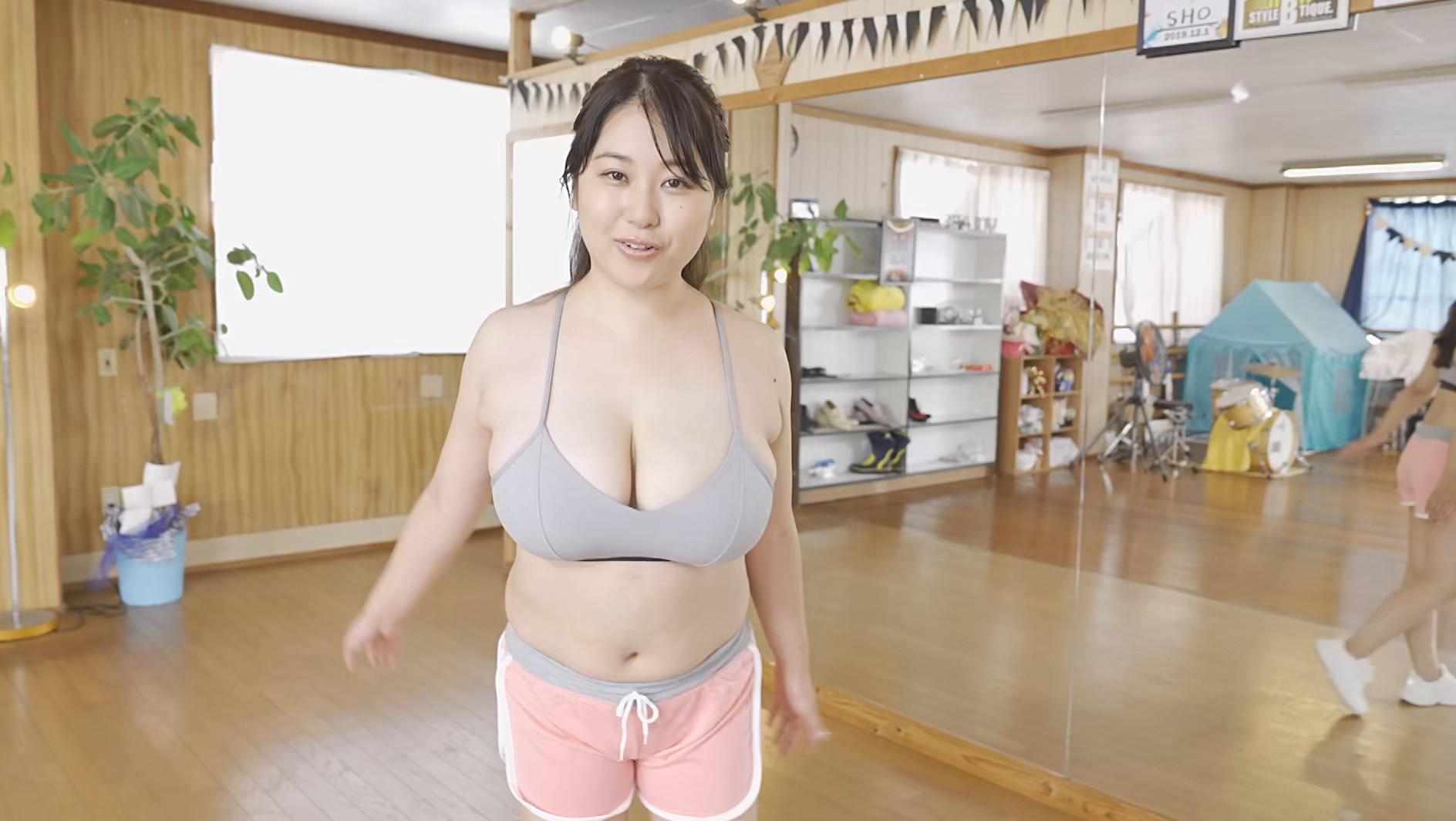揺れるこころ 西田麻衣16