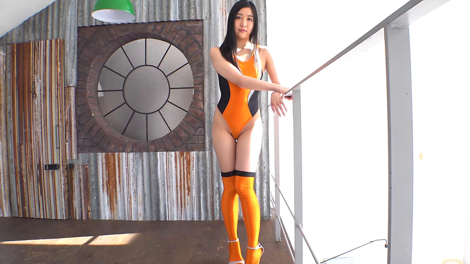 レースクィーンでモデルもこなす長身美女 デビュー 高垣愛莉 画像1