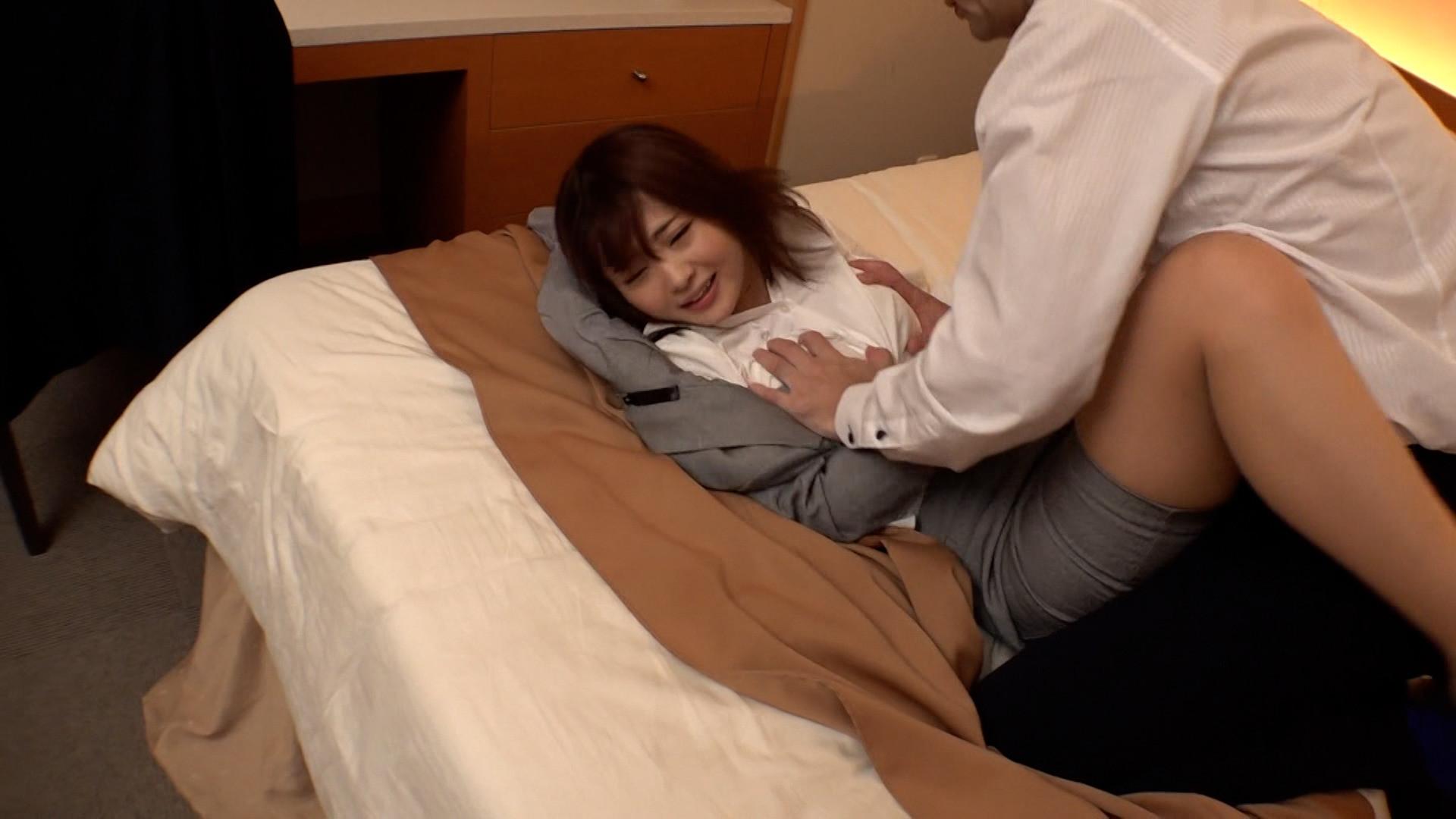 相部屋アナルNTR 絶倫上司に新婚OLが完堕ち 出張先のホテルで一晩中何度も中出しされた不倫アナル性交 妃月るい 画像1
