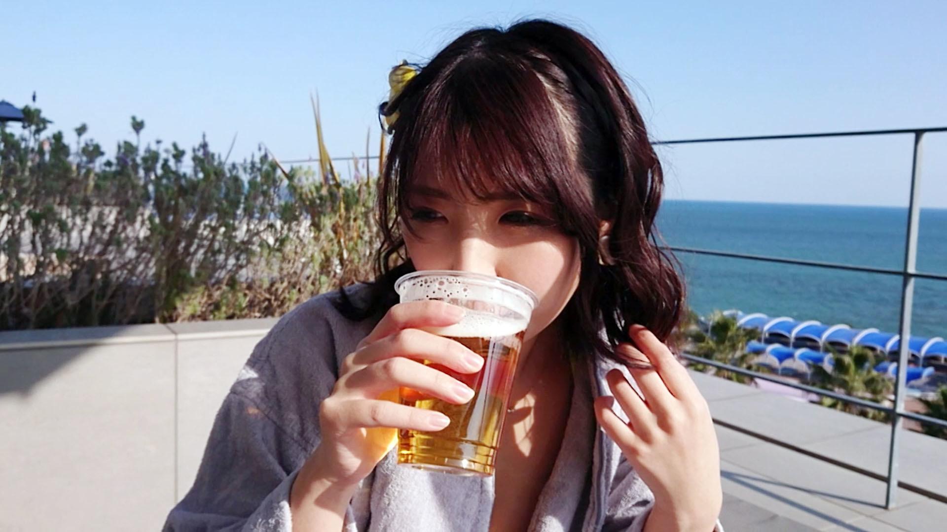 Gカップ美女と子作り旅 しおんchan 生中大好きビッチと子作り旅 りりあchan