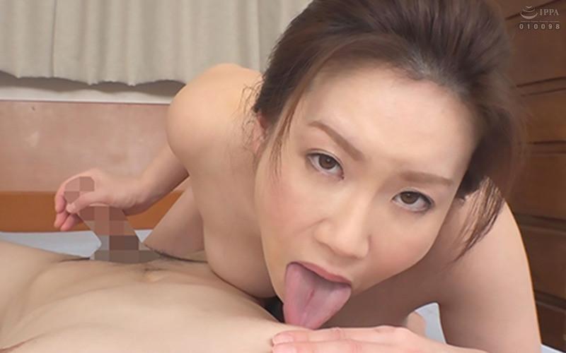 常に乳首をイジイジレロレロしてくれるデリヘル嬢 シンさん(39) Hカップ93cm SHIN 画像6