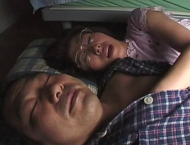 昭和近親エロドラマ 五十路近親 母親ポルノ 私は家族の為なら何でもするのよ・・