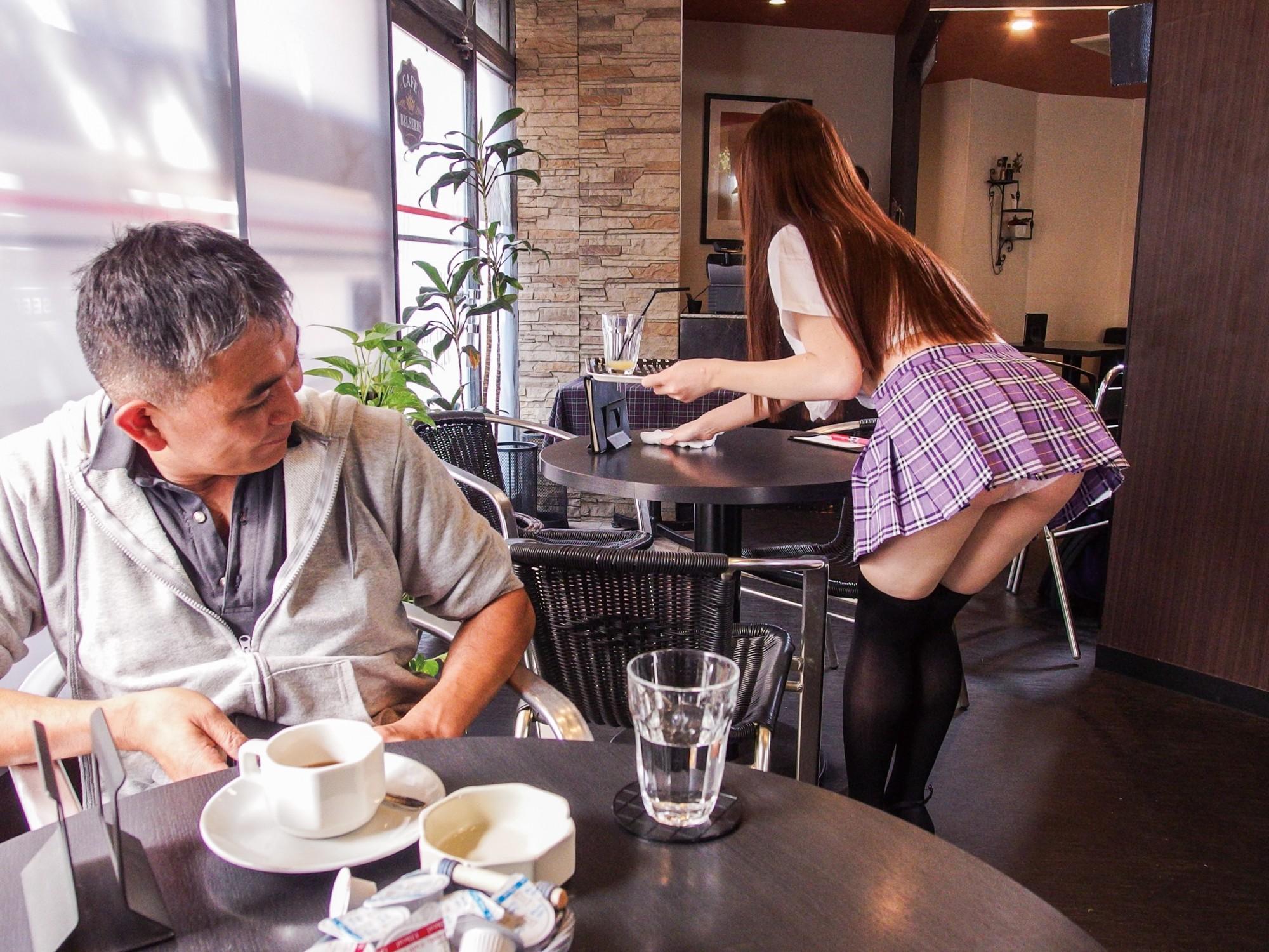 猥褻おっぱいカフェ 木南日菜 画像3
