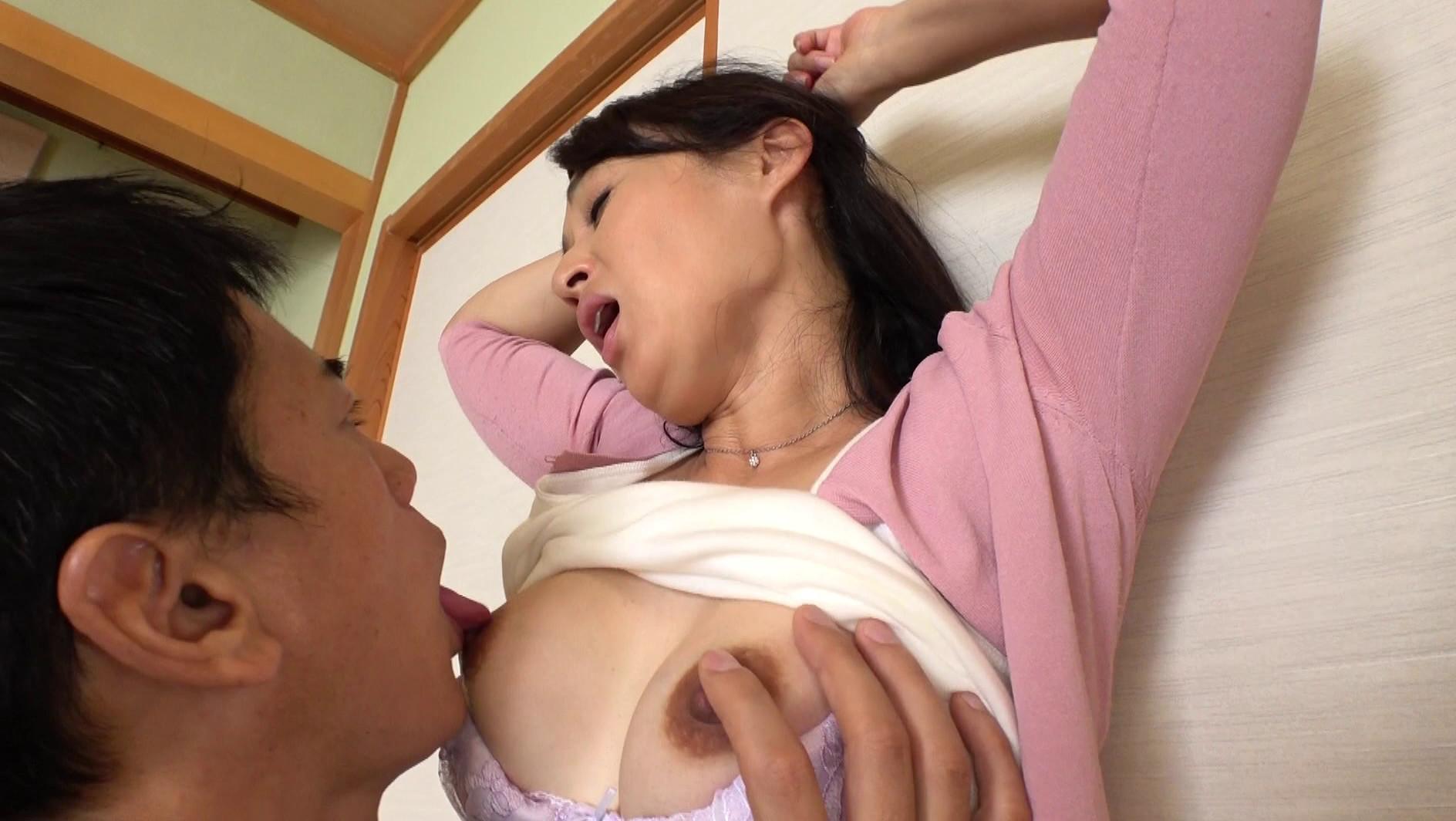 AV 安野 由美