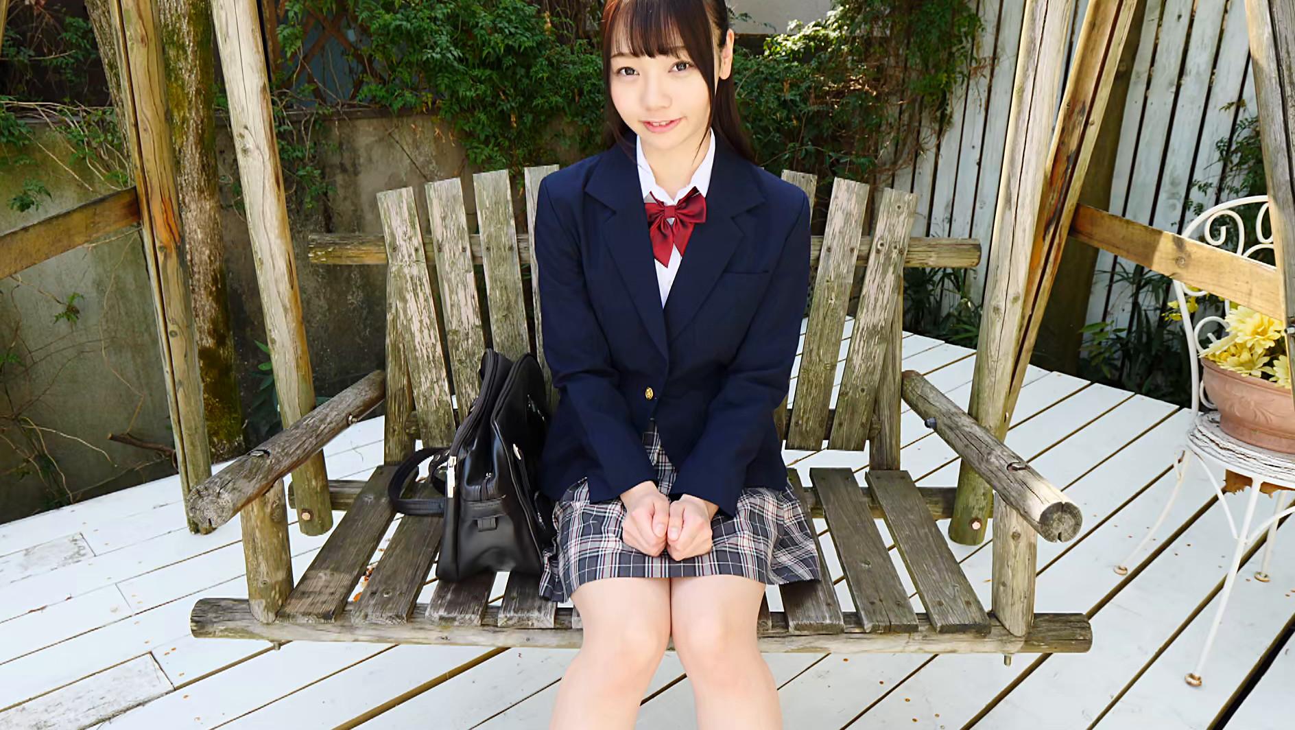 黒髪美少女は純真華憐 斎藤まりな 画像1