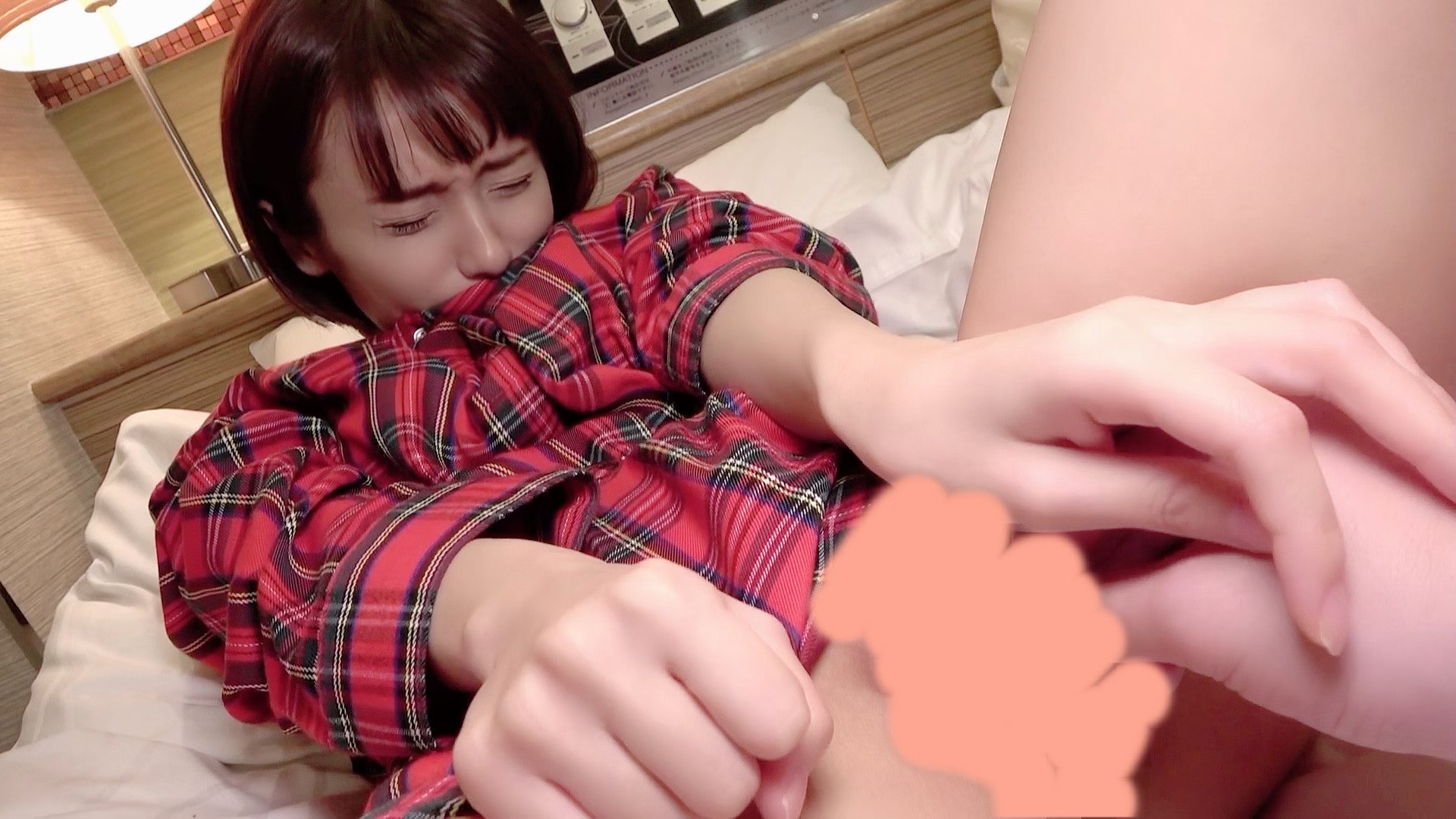 無 アイドル級ロリ美少女 148/32 に巨根をぶち込んでいく