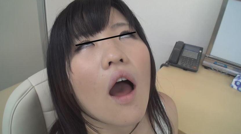 情緒不安定な人妻が通う精神心療内科で行われている 超猥褻 催眠治療の記録 画像8