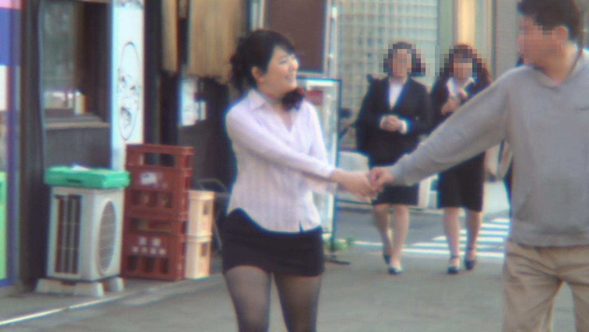 街角逆ナンパ美人保証 回春マッサージのお姉さんに犯されちゃいました 2 画像5