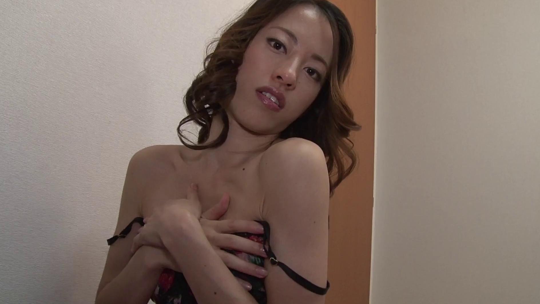 せんずりサポート ~高身長で筋肉ボディ美女~R-18 江口瞳子